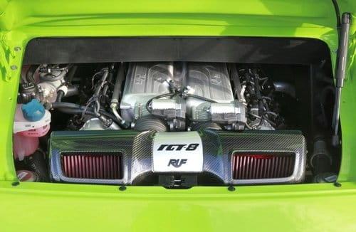 RUF transplanta un motor V8 a un Porsche 911