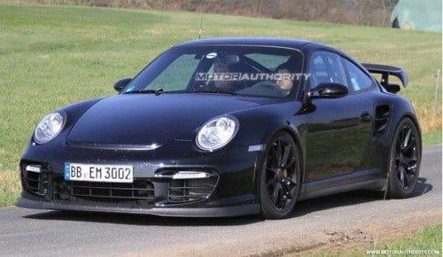 Porsche 911 GT2, imágenes espía y datos del lavado de cara