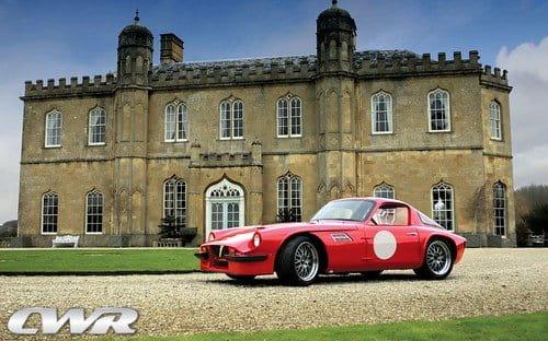 Classic World Racing juega con un TVR Tuscan del año 1968