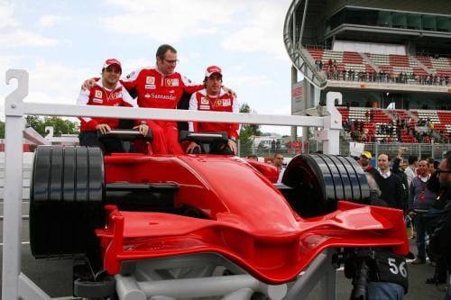 Ferrari Formula Rossa en Abu Dhabi, la montaña rusa más rápida del mundo