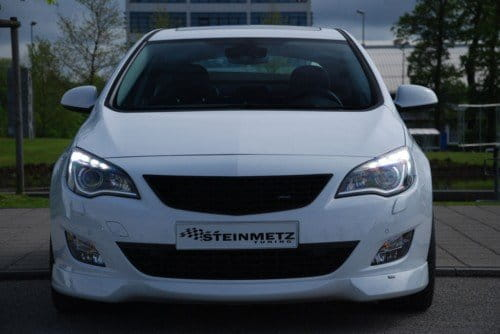 Steinmetz-2010-Opel-Astra-02.jpg