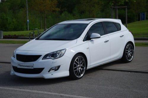 Opel Astra J por Steinmetz
