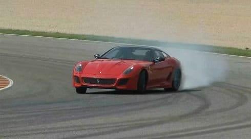 Autocar prueba el nuevo Ferrari 599 GTO, puro vicio en vídeo