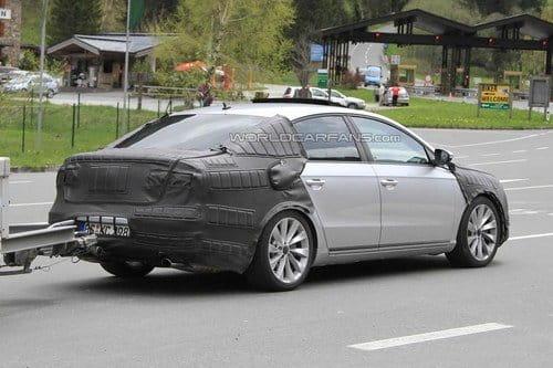 El nuevo Volkswagen Passat ya deja ver carne
