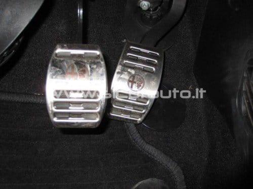 Pedal de acelerador bloqueado en el Alfa Romeo Giulietta
