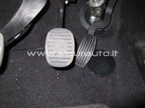 Pedal de acelerador bloqueado en el Lancia Delta