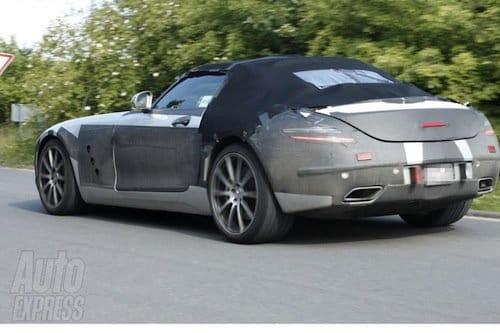 El Mercedes SLS AMG Roadster ya rueda camuflado