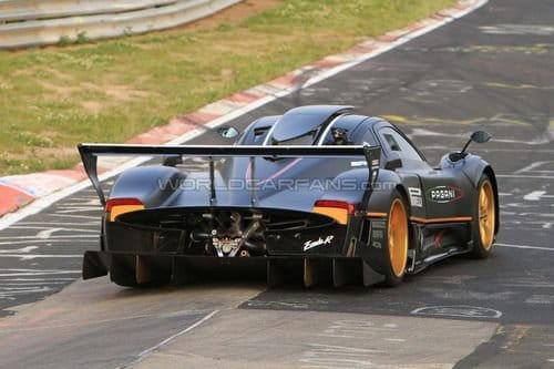 El Pagani Zonda R es más rápido que el Ferrari 599XX en Nürburgring
