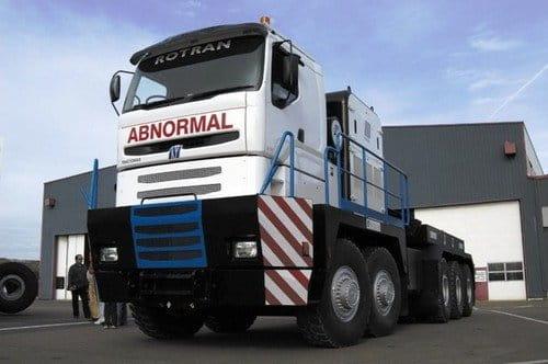 Nicolas Tractomas D75, por si hace falta mover más de 500 toneladas