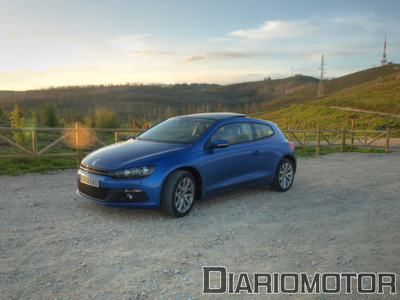 volkswagen scirocco 1 4 tsi de 160 cv vs 2 0 tdi de 140 cv mini prueba y comparativa i. Black Bedroom Furniture Sets. Home Design Ideas