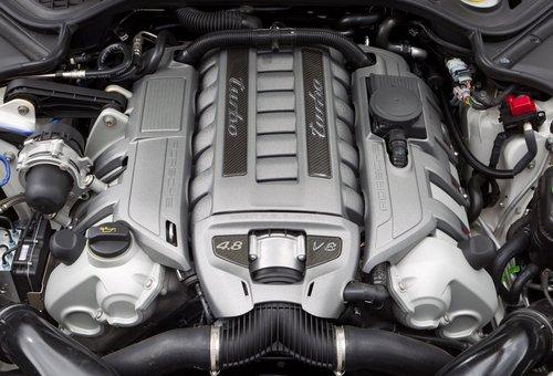 Porsche Panamera Sport Design y kit de potenciación