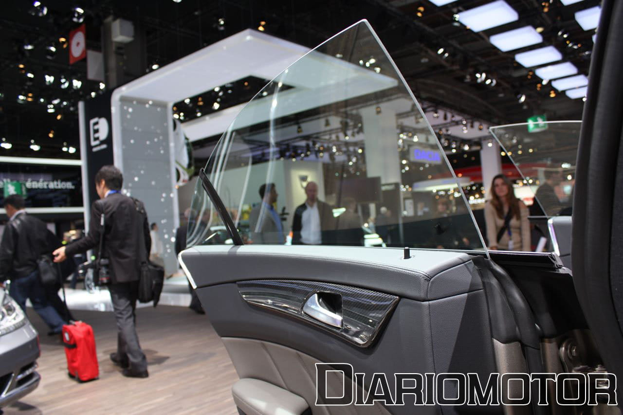 mercedes cls 2011 en el sal n de par s foto 12 de 23. Black Bedroom Furniture Sets. Home Design Ideas