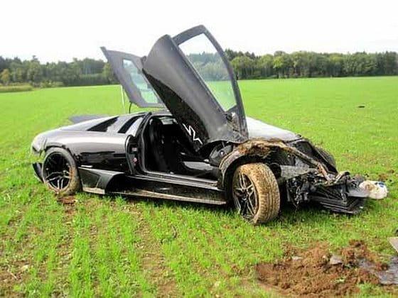 Un mecánico accidenta un Lamborghini Murciélago