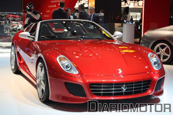 Ferrari SA Aperta en el Salón de París