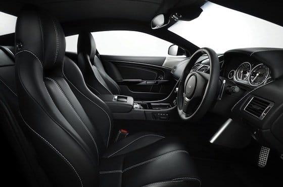 Aston Martin DB9 Carbon Black, interior
