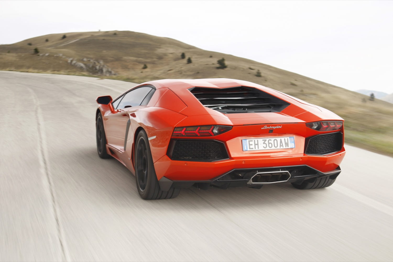 Lamborghini Aventador Precios Prueba Ficha T 233 Cnica