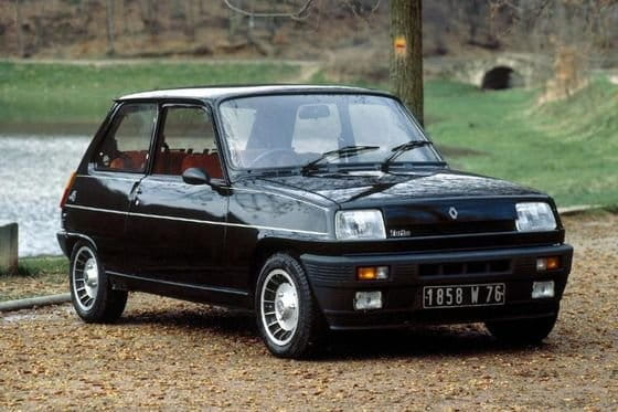 Renault valora revivir el R5 con un halo premium y chic