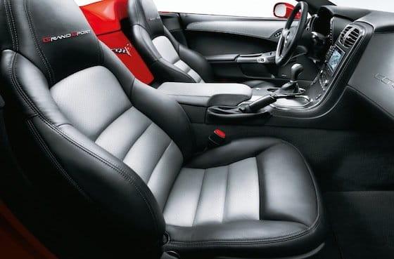 Interior Corvette 2011