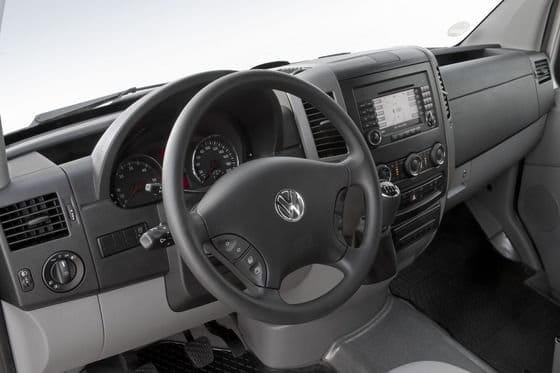 Volkswagen Crafter, nueva imagen, menos consumo y motores 2.0 TDI