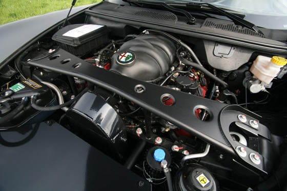 Alfa Romeo 8C Spider por Novitec Rosso