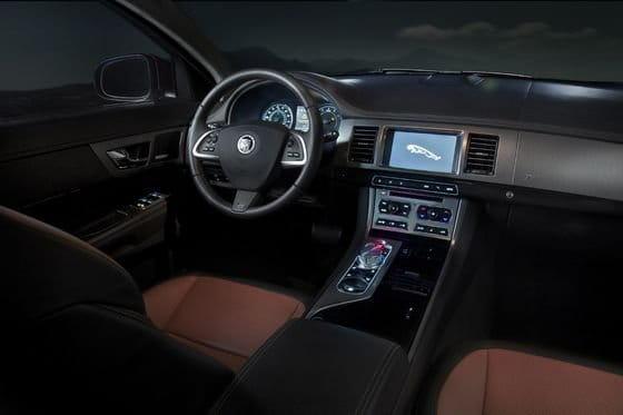 Jaguar XF 2012