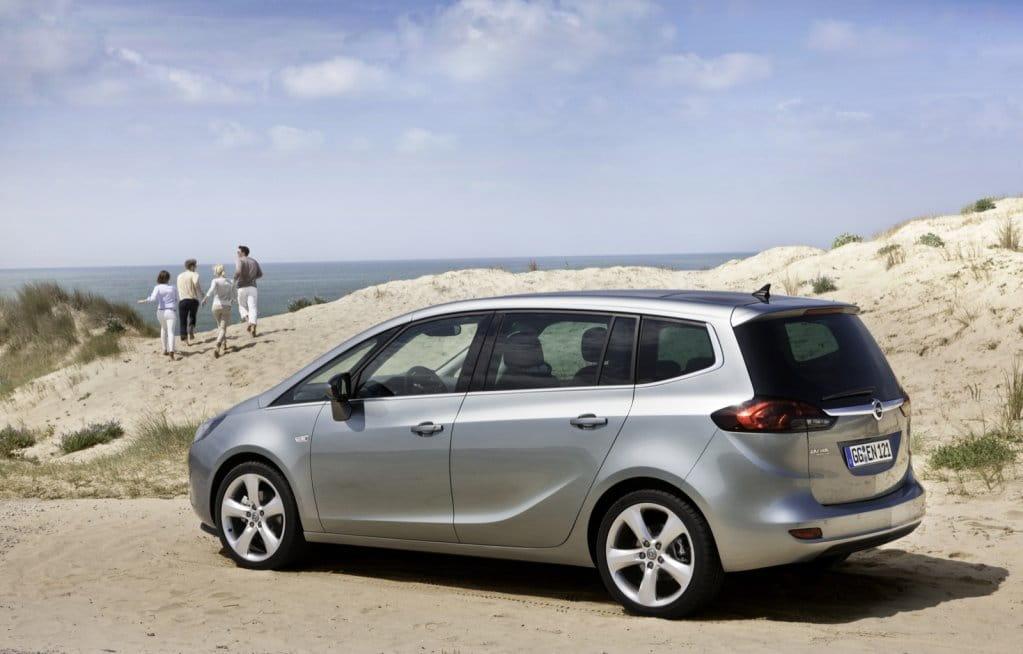 Opel Zafira Tourer, foto 11 de 14
