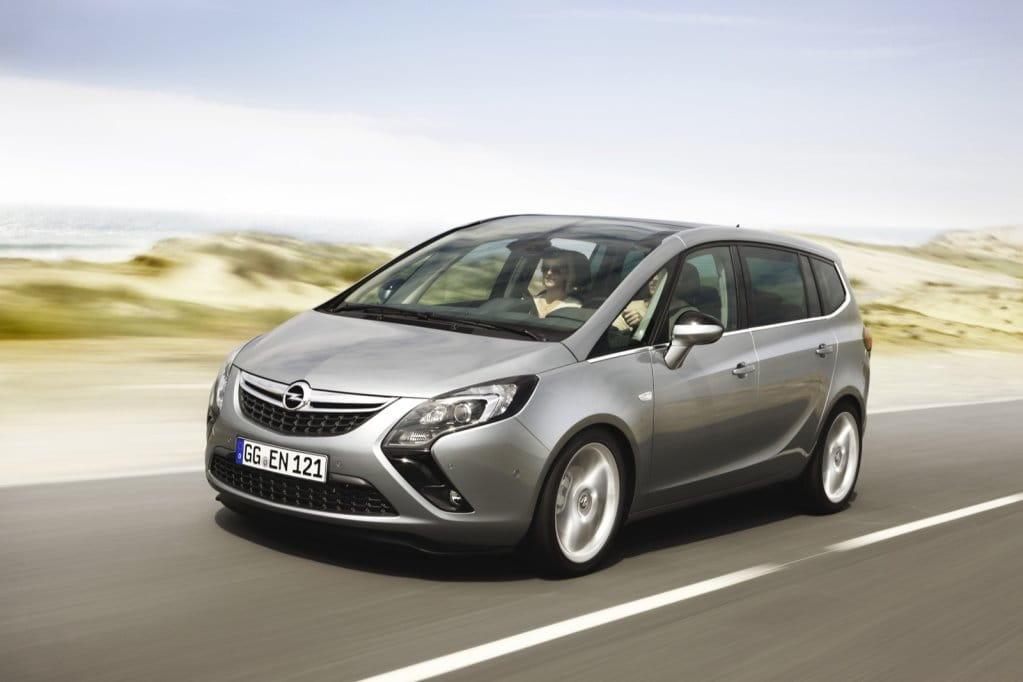 Opel Zafira Tourer, foto 2 de 14