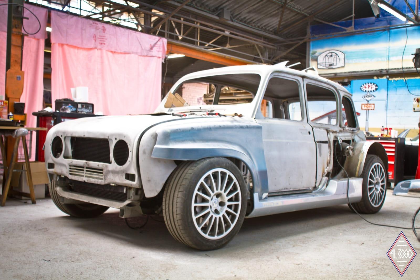 Renault 4l3000 2 en 1 cuatro latas y clio v6 diariomotor for Interieur 4l
