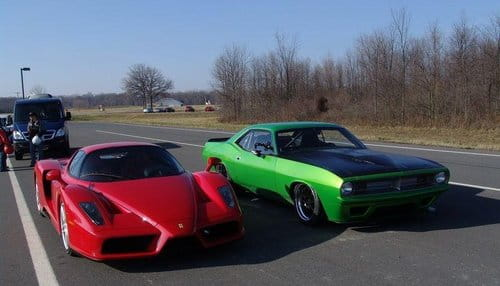 Un plymouth cuda de 1970 reta al ferrari enzo diariomotor for Tracy motors plymouth massachusetts