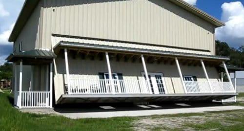 Un garaje muy grande o una casa muy peque a diariomotor - Garajes prefabricados precios ...