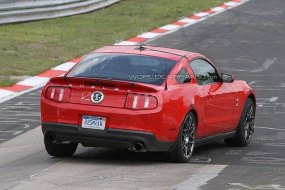 Fotos espia del 2013 Shelby Mustang GT500