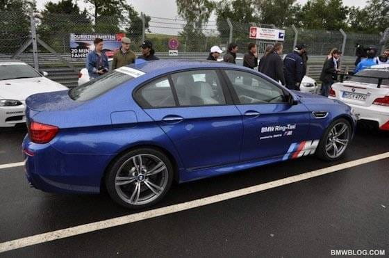 BMW M5 F10 Ring Taxi