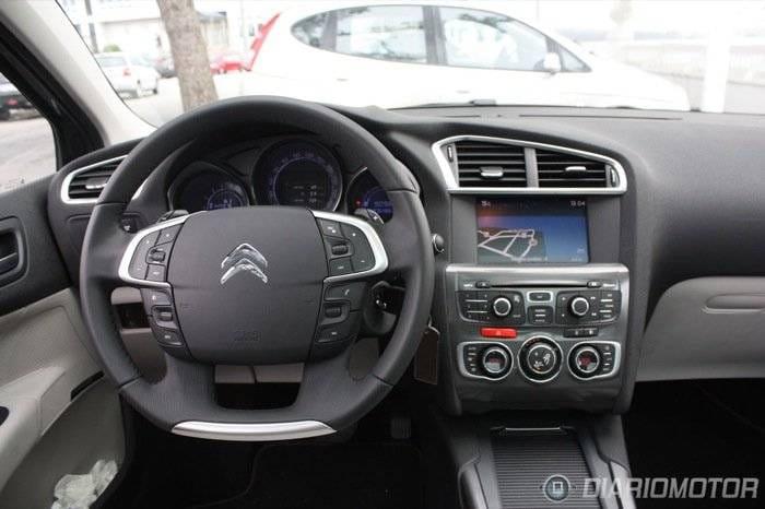 Citroën C4 HDI gris Exclusive