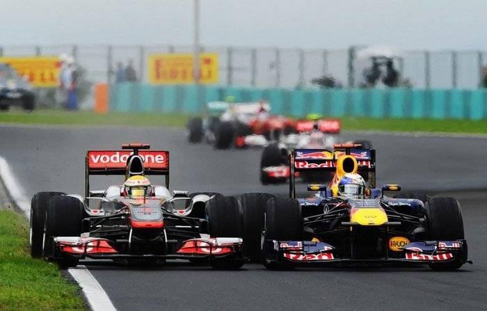 Duelo de Hamilton (McLaren) y Vettel (Red Bull) - GP de Hungría 2011