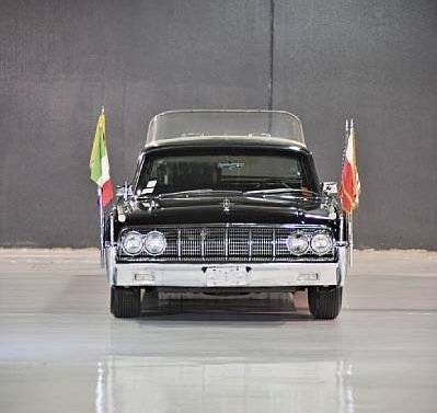 Lincoln Continental 1964 Papamóvil