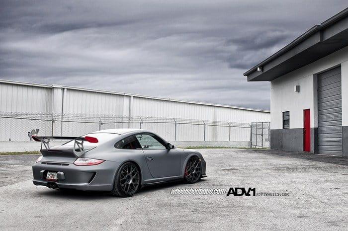 Porsche 997 GT3 RS por ADV.1