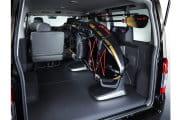 2013-Nissan-NV350-Carscoop5