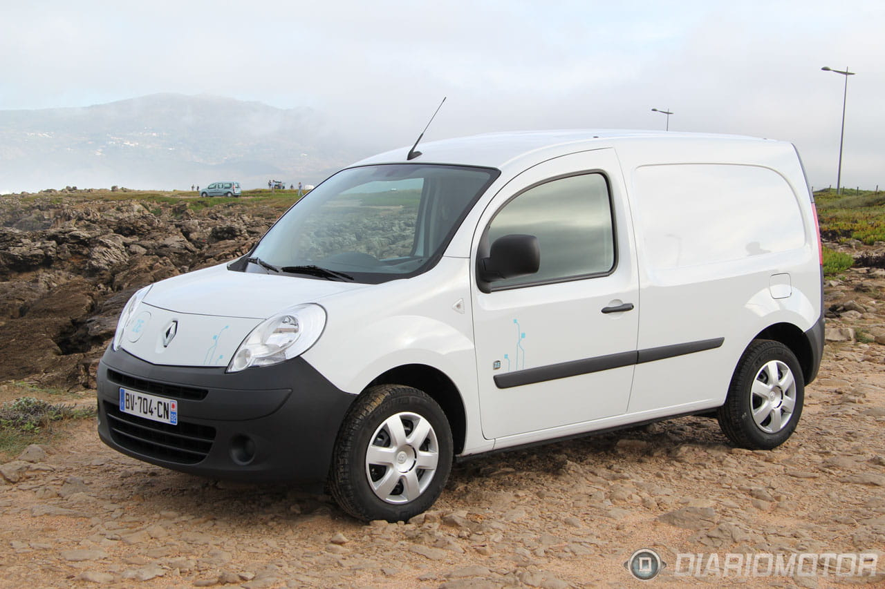 renault kangoo ze 14 foto 14 de 24. Black Bedroom Furniture Sets. Home Design Ideas