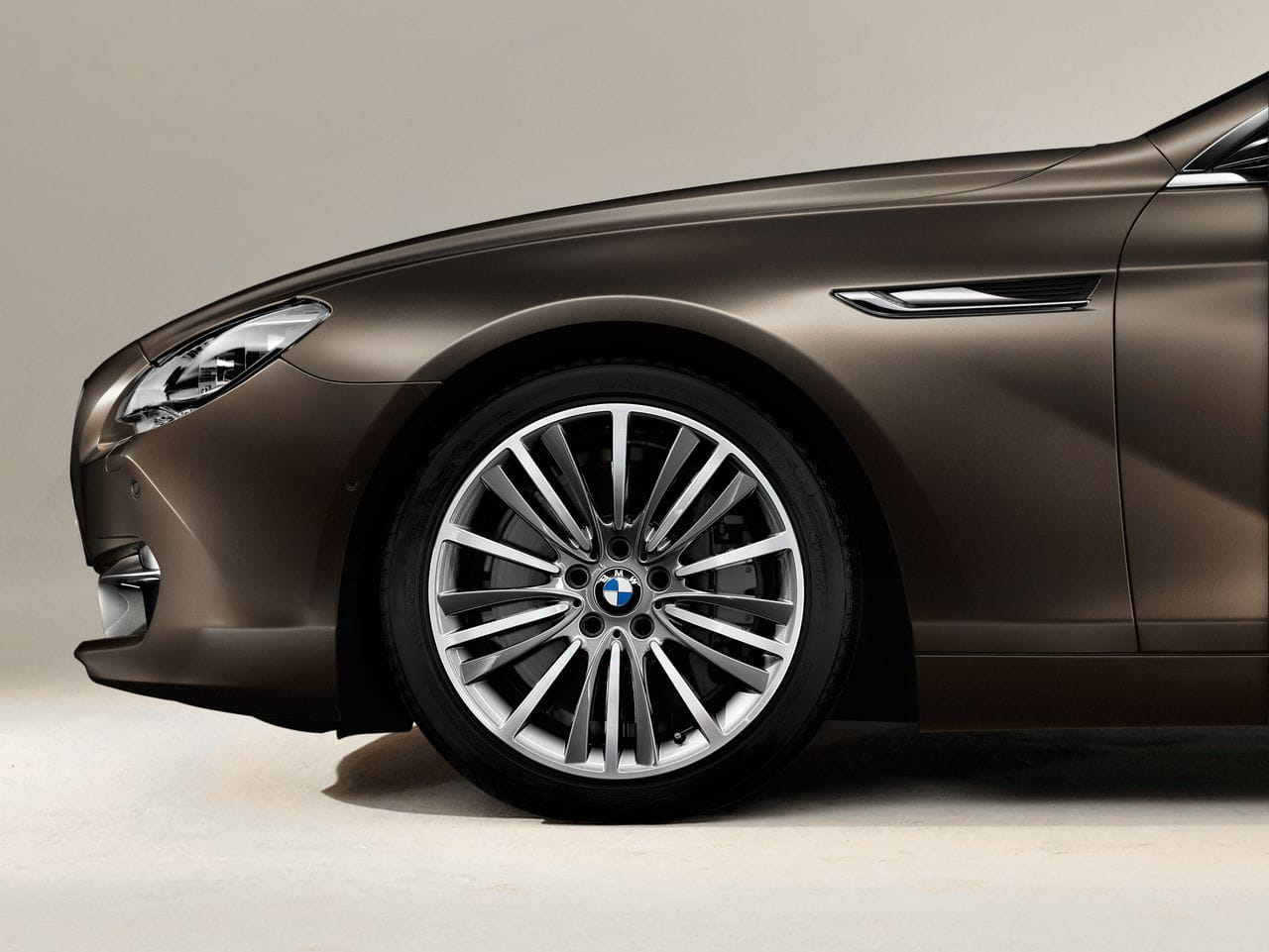 bmw-serie-6-gran-coupe-oficial-35