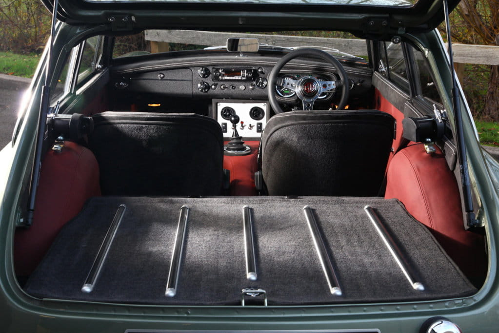 Le 50 Style Trunk Idea Mgb Amp Gt Forum Mg Experience