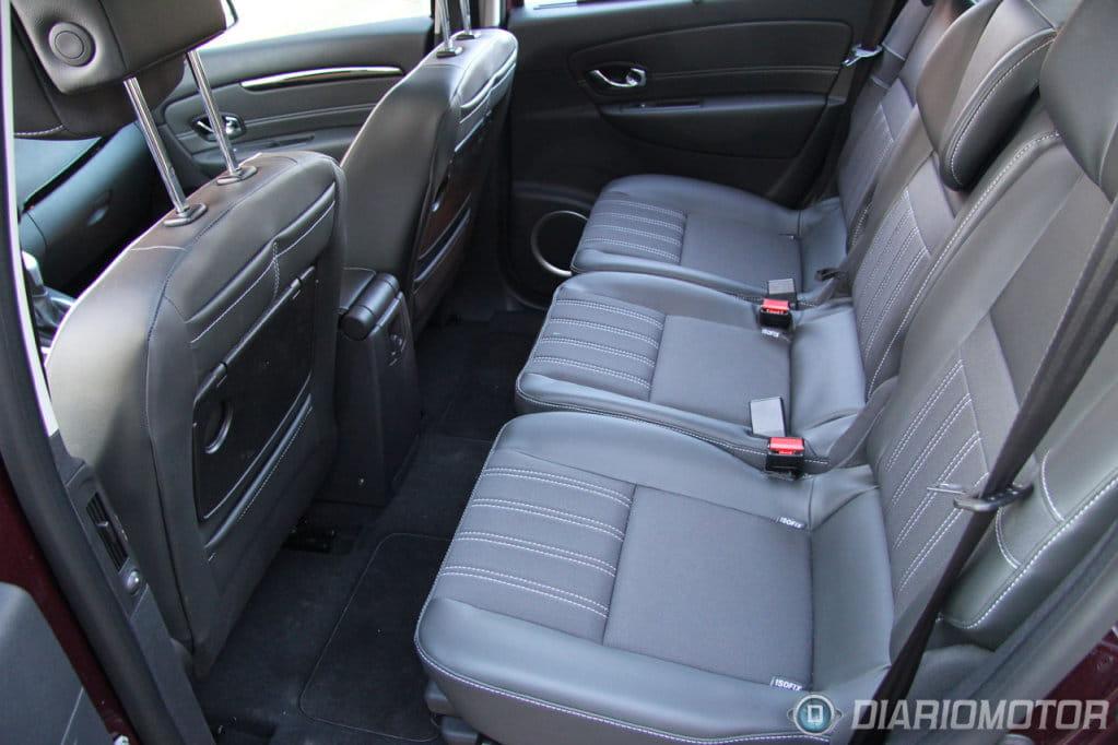 Renault grand scenic presentacion leon interior 10 foto for Interior renault scenic