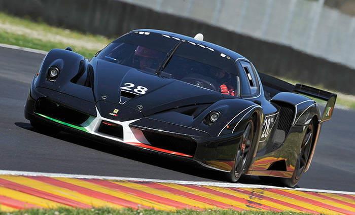 Ferrari FXX Evoluzione o Peugeot 908 HDi