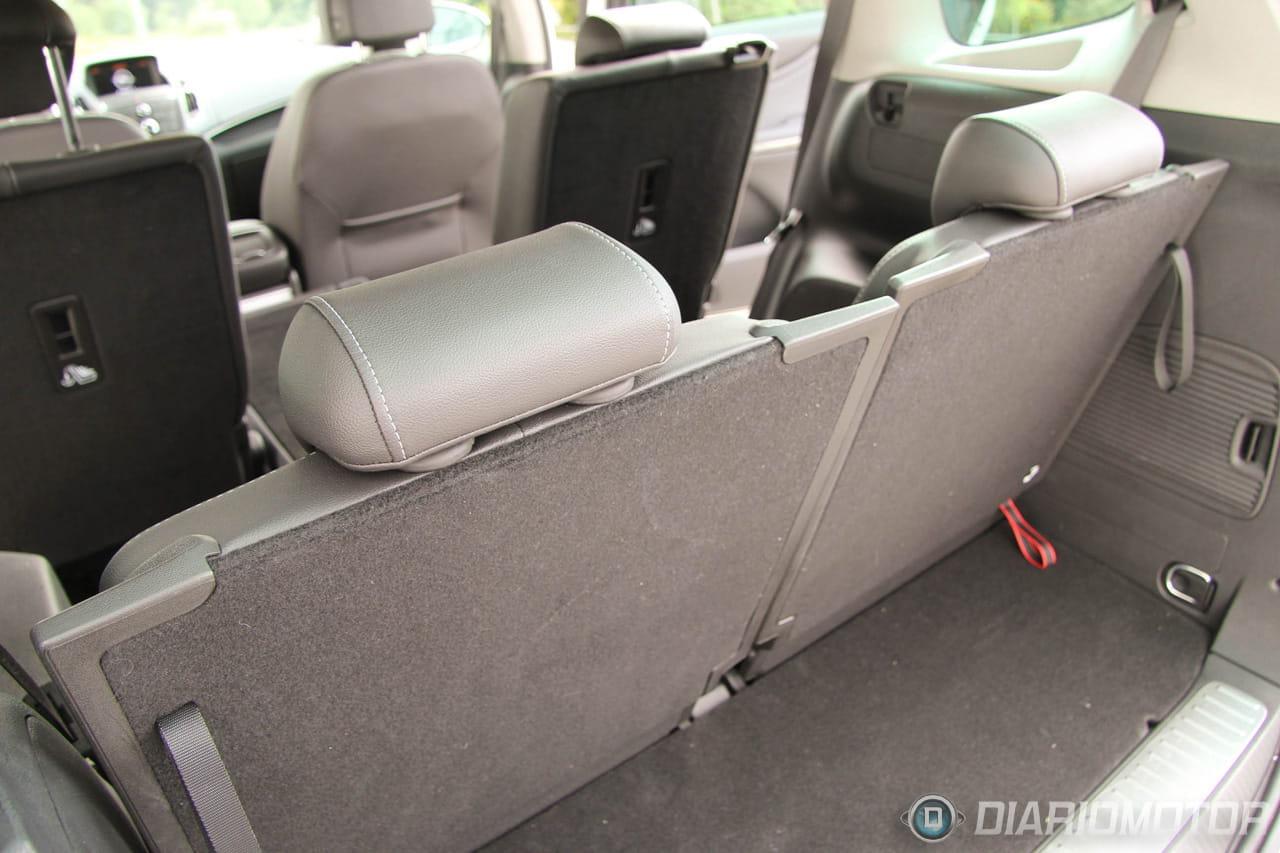 Foto 42 de 49 opel zafira tourer 2 0 cdti excellence a for Opel zafira interieur
