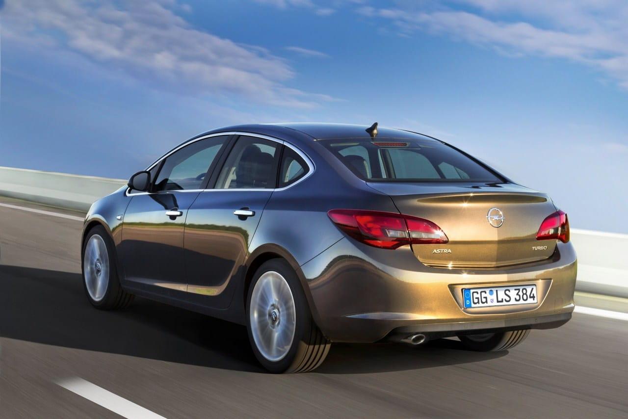 Opel astra sed n precios prueba ficha t cnica y fotos - Opel astra 5 puertas ...