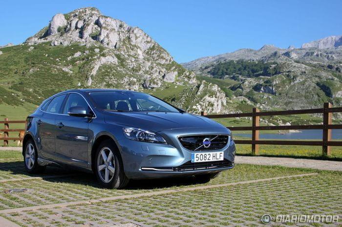 Volvo V40, presentación y prueba en Asturias (II): Motores, dinámica, seguridad y tecnología