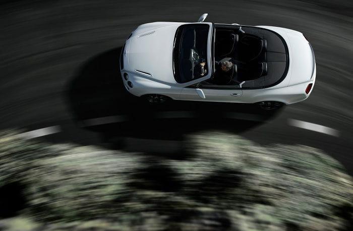 Bentley podría presentar un superdeportivo en el Salón de París