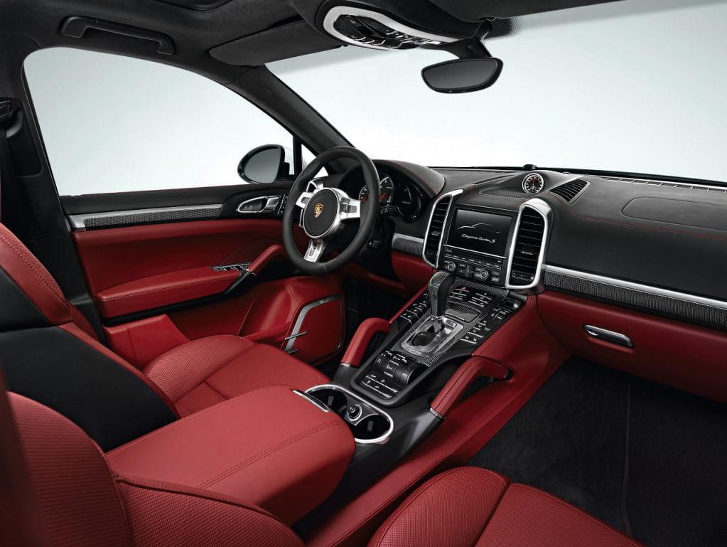 Tema: Porsche Cayenne Turbo S: 550 cv y 174.840 euros de precio.