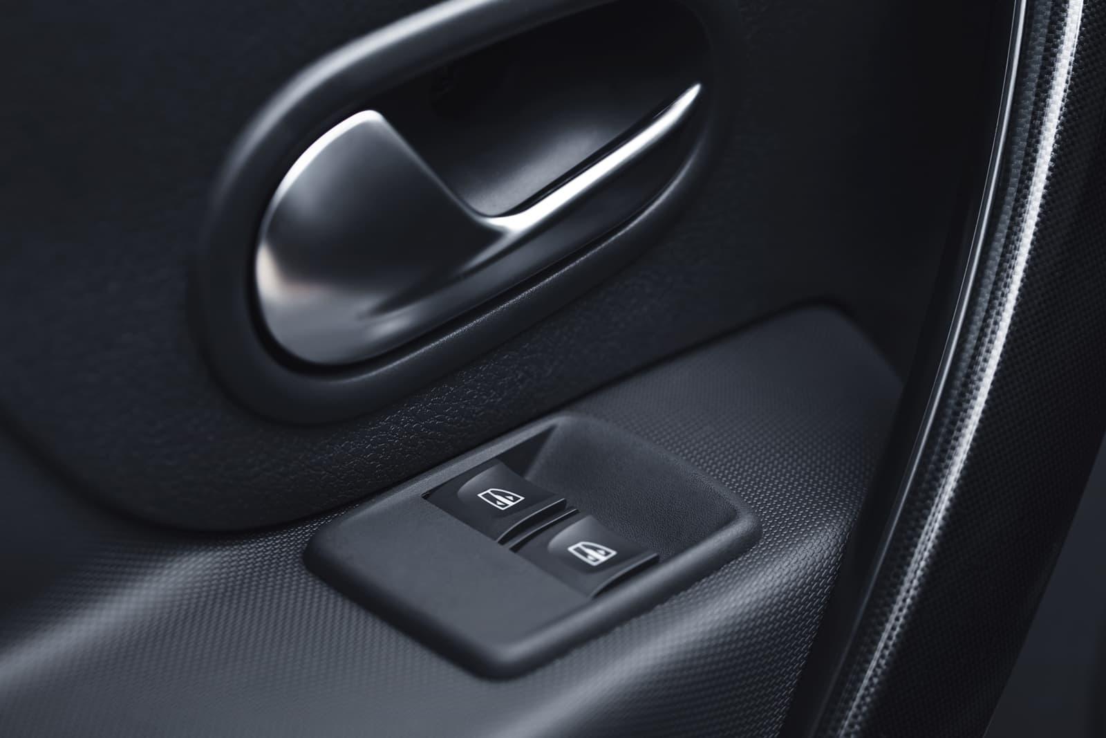 Dacia Sandero 0119 Ficha 031