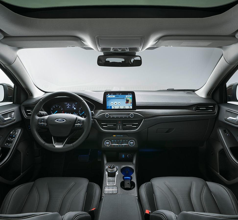 Ford Focus Vignale 972x900 3