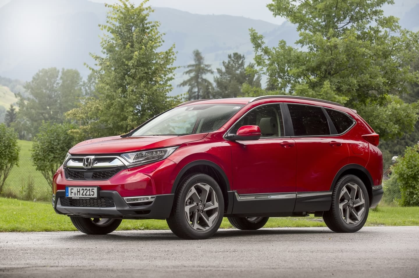 Probamos el honda cr v 2019 aspirante a l der entre los for Where is the honda cr v built